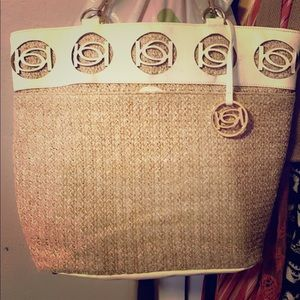 White leather and weaved summer bag
